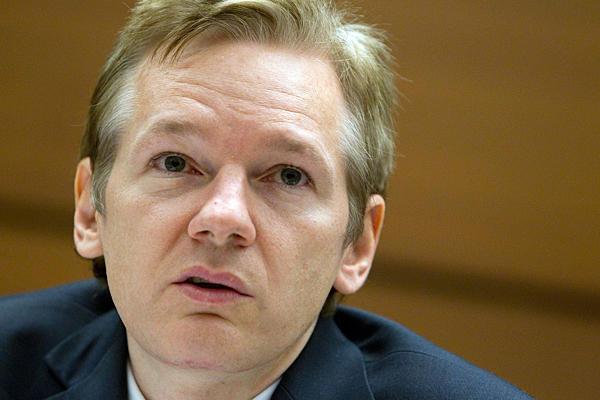 Julian-Assange-embassy